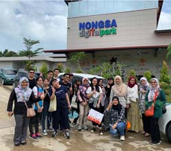 FSKTM Students Take a Tour on Computer-Related Job Activities in Batam